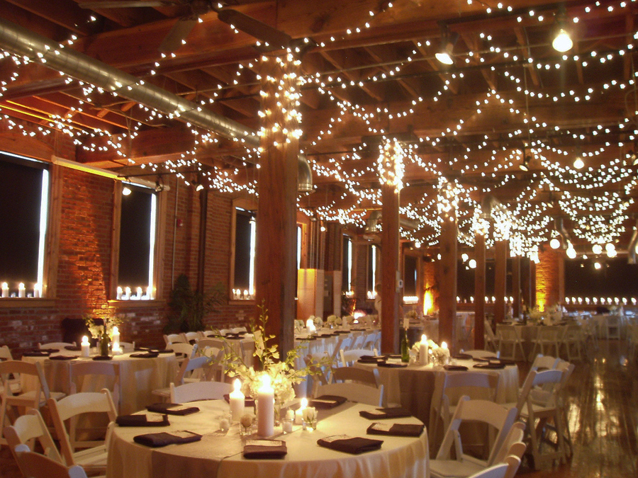 42 Times Christmas Lights Made The Best Wedding Decor  u2013 The. The Best Wedding Decorations   rugalah com